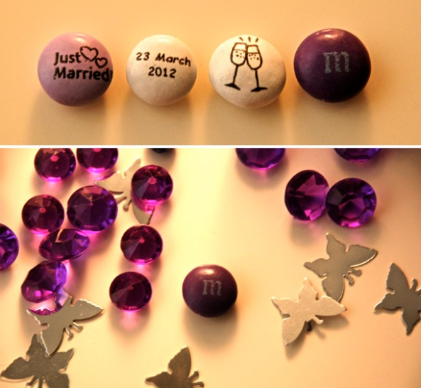 Special wedding messages printed on one side of the M&Ms