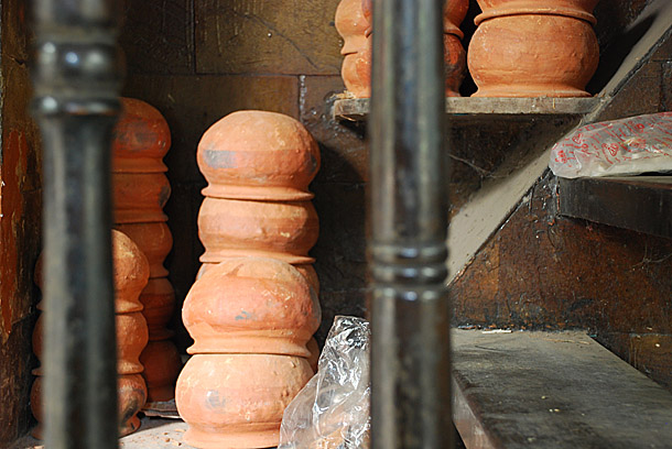The clay pots to hold Rôshogollas @traditional sweet shop in Kolkata