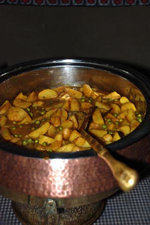 Potato & Peas Curry