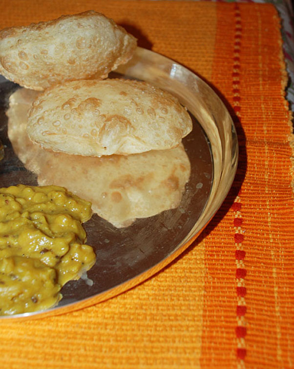 traditional bengali cuisine all the slight details luchi cholar daal