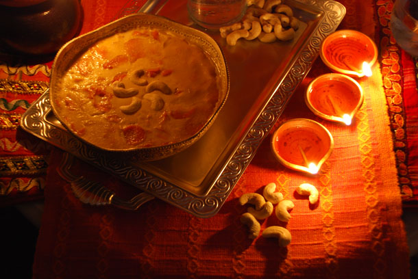 Gajorer Payesh/Carrot Pudding... Happy Diwali to all of you!