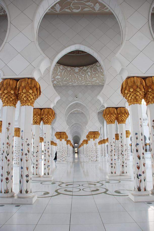 sheikh zayed mosque or grand mosque in abu dhabi a photo essay