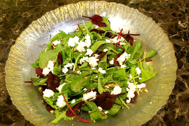 Green Salad with Goats' Cheese