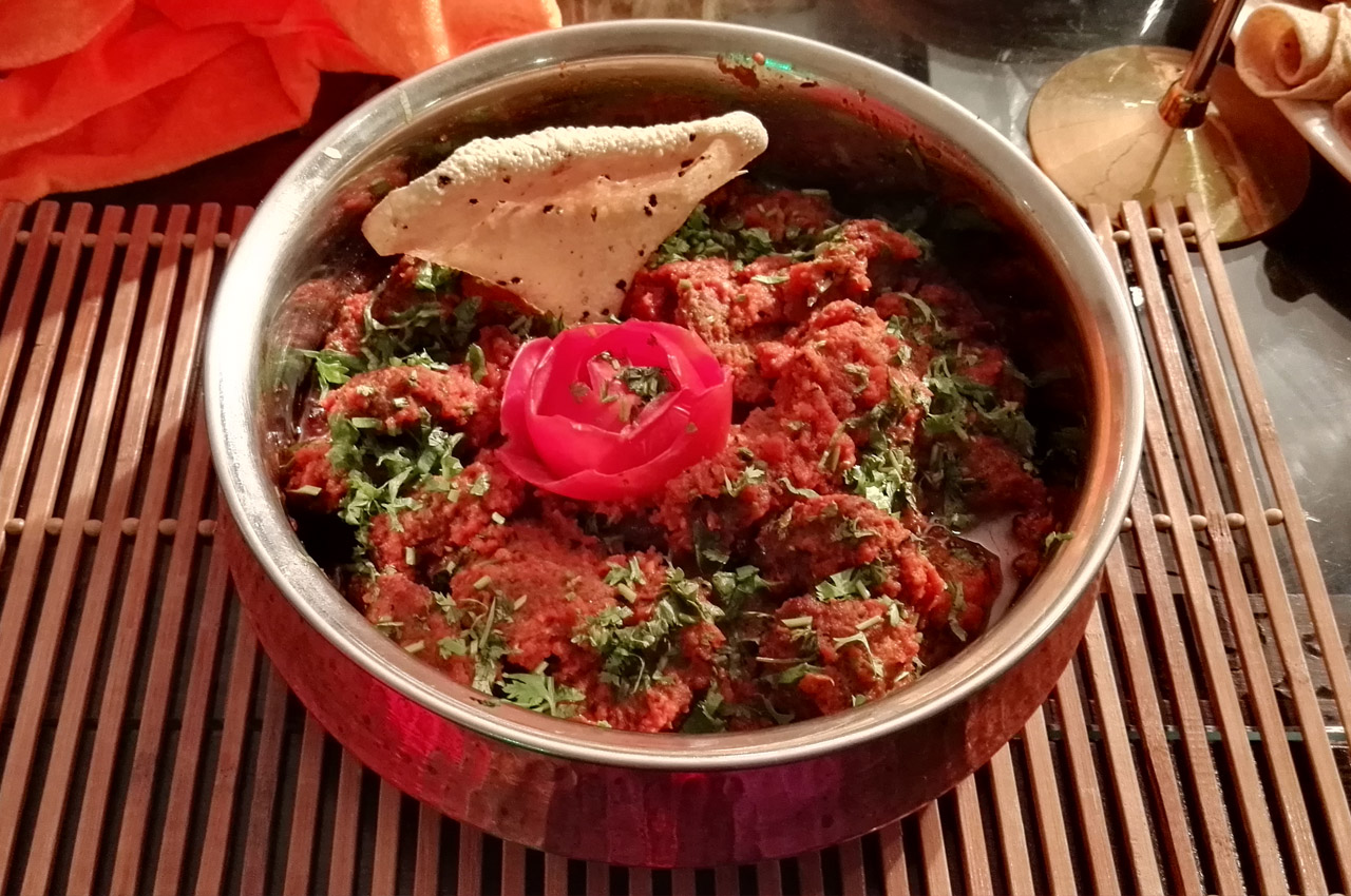 Muthi Kabab (Pakistani style)... Lubna Asif´s beautiful and delicious winning dish from the 7th Grandma´s recipe contest