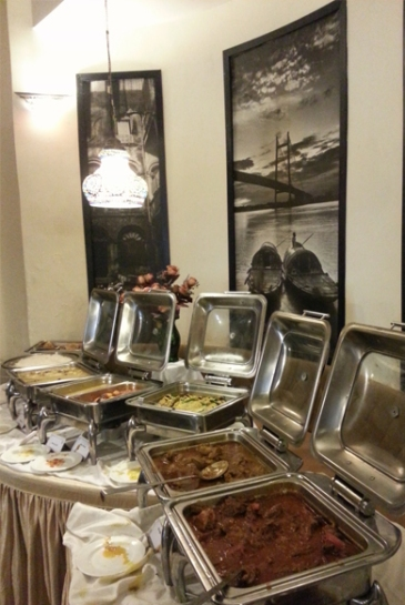 Buffet at 6 Ballygunge Place