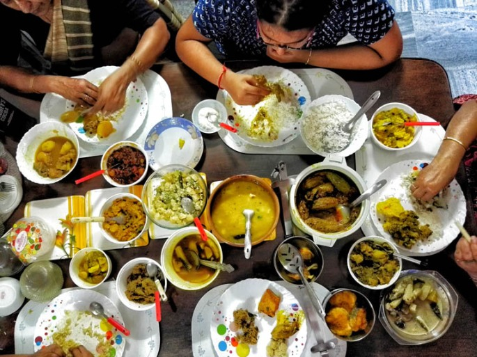 A lunch at a traditional Bengali home